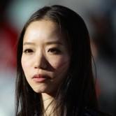 はかなげな日本美女